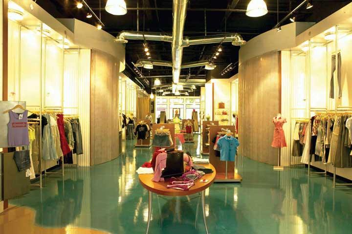 Фото магазин одежды 4
